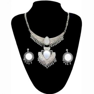 Crystal Pendant Necklace for Girl and Women