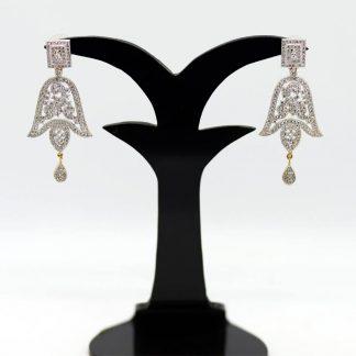 Gold Plated Diamond Cut Earring.